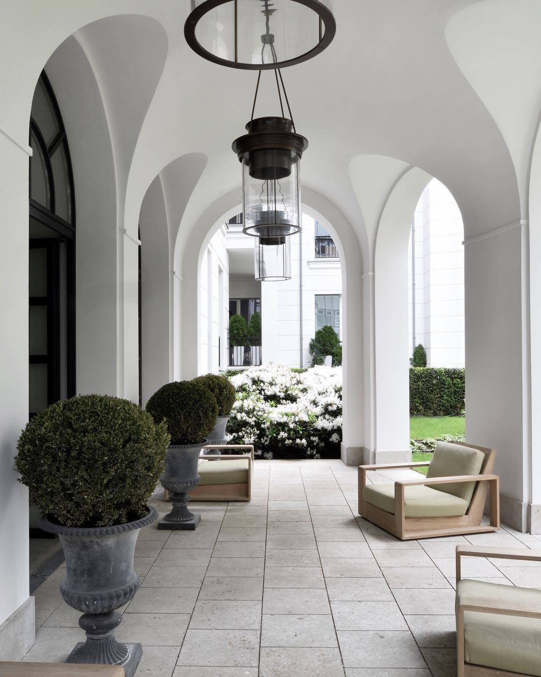 Eisenzahn 1 Berlin Charlottenburg Ralf Schmitz Immobilien House Exterior Dream Home Design Interior Architecture Design