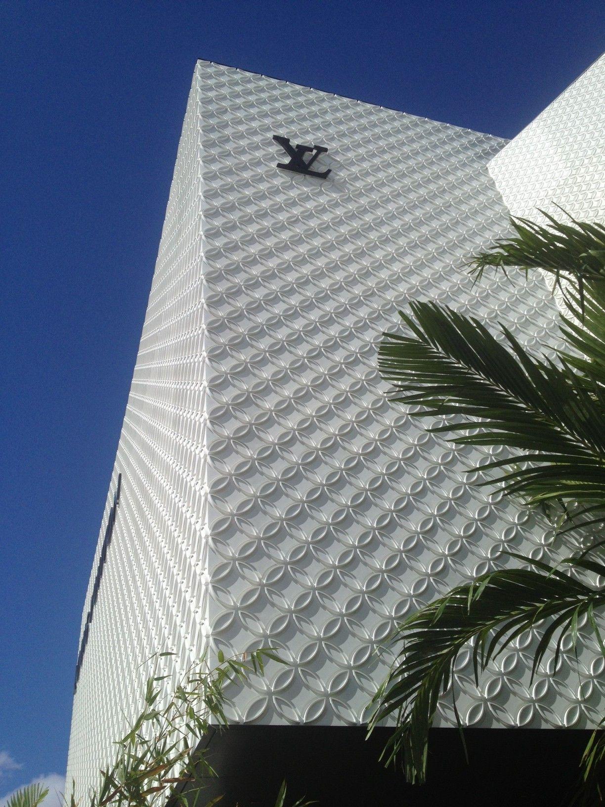 louis vuitton store s florida ductal concrete panels by. Black Bedroom Furniture Sets. Home Design Ideas
