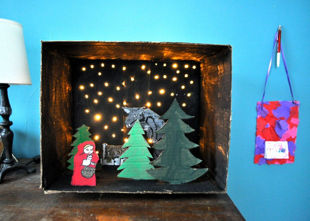 Night Time Diorama With Xmas Tree