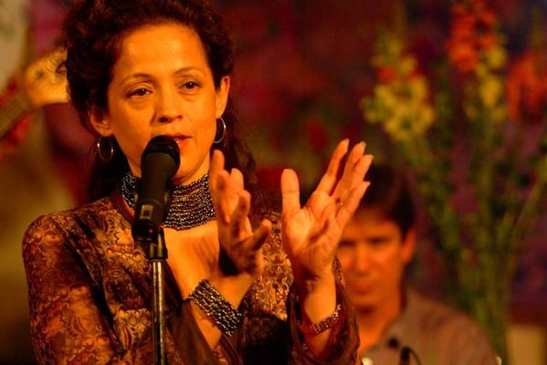 Four Opportunities to See Grammy-Nominated Perla Batalla http://sbseasons.com/blog/opportunities-nominated-batalla/ #sbseasons #sb #santabarbara #perlabatalla To subscribe visit sbseasons.com/subscribe.html