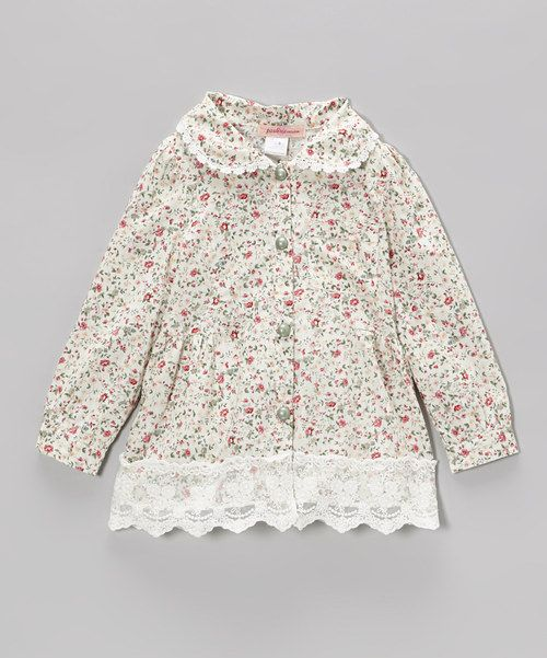 This+top+has+the+pleasure+of+being+both+posh+and+practical.+Cotton+fabric+keeps+things+comfy,+and+a+dainty+floral+print+and+lace+trim+score+major+style+points.