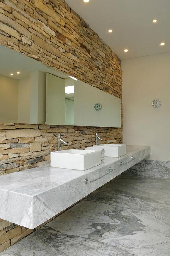 Resultado de imagen para porcelanatos imitación piedra para baños ...