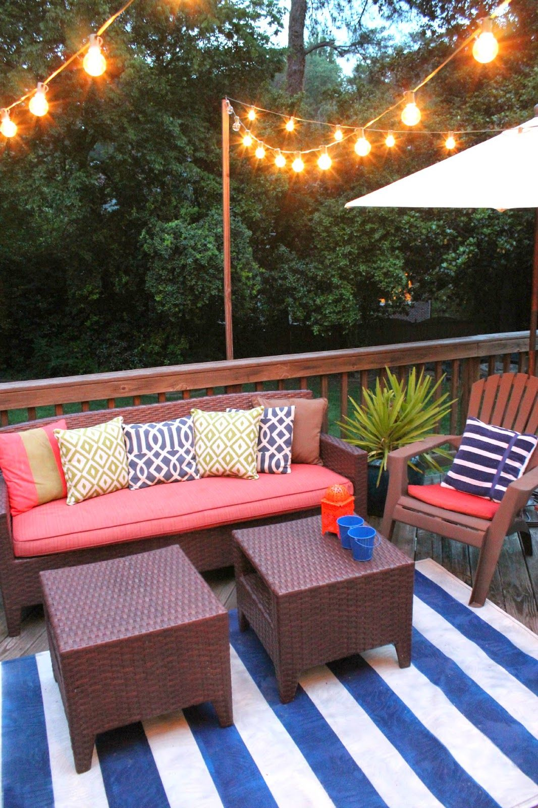 Red Blue And White With Pops Of Green Deck Decorating Patio