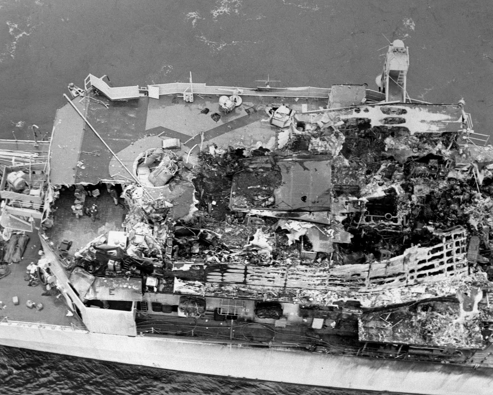 The damage to USS Belknap caused by a collision with USS John F Kennedy and resulting fire. [1600x1280]