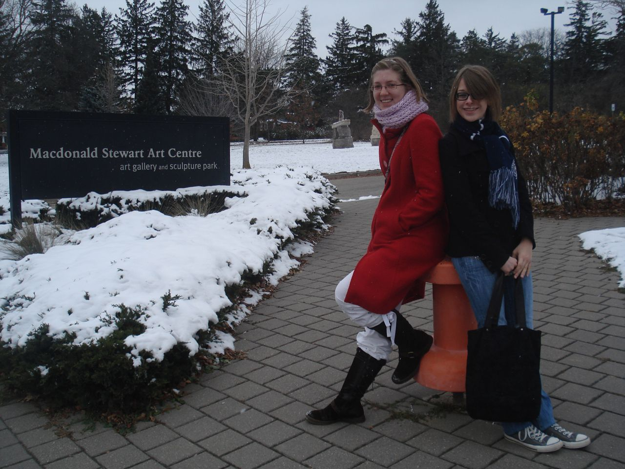 Students visit the MacDonald Stewart Art Centre, located on the North end of campus, behind Lennox-Addington.