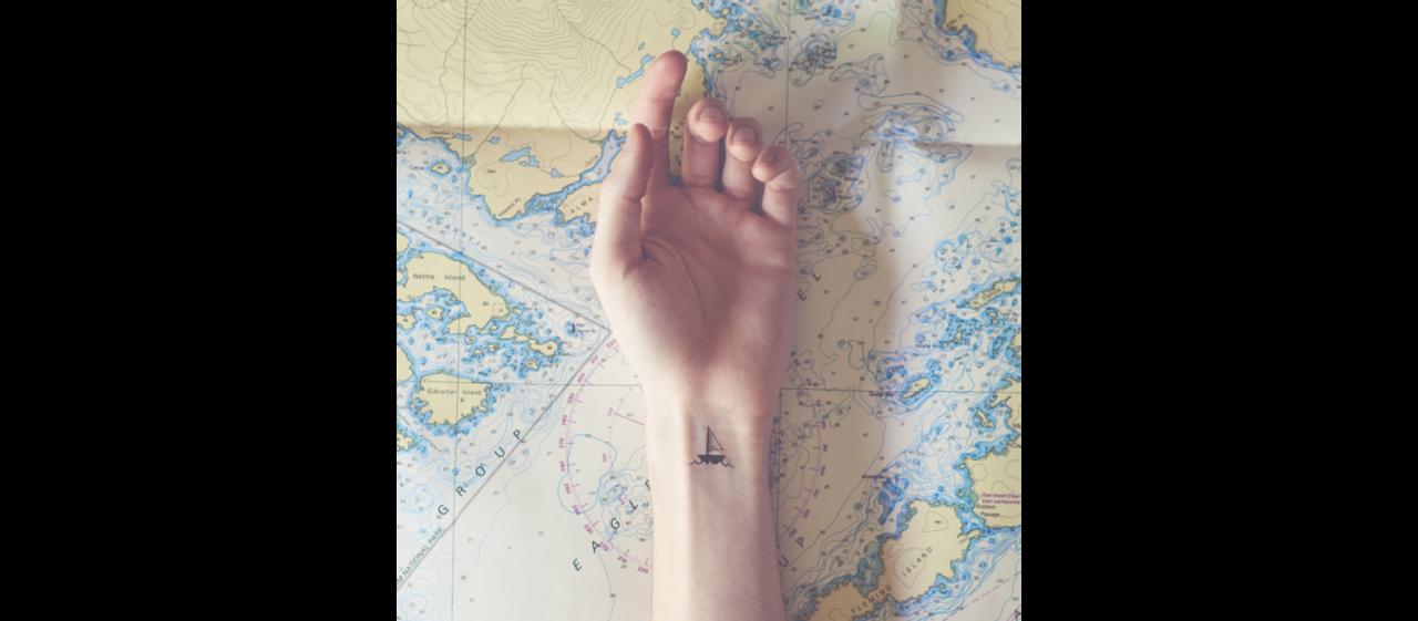 Tott S Tiny Tattoos Tattoos Wrist Tattoos Inspirational Tattoos