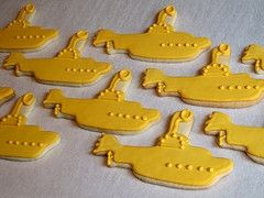 yellow submarine cookies