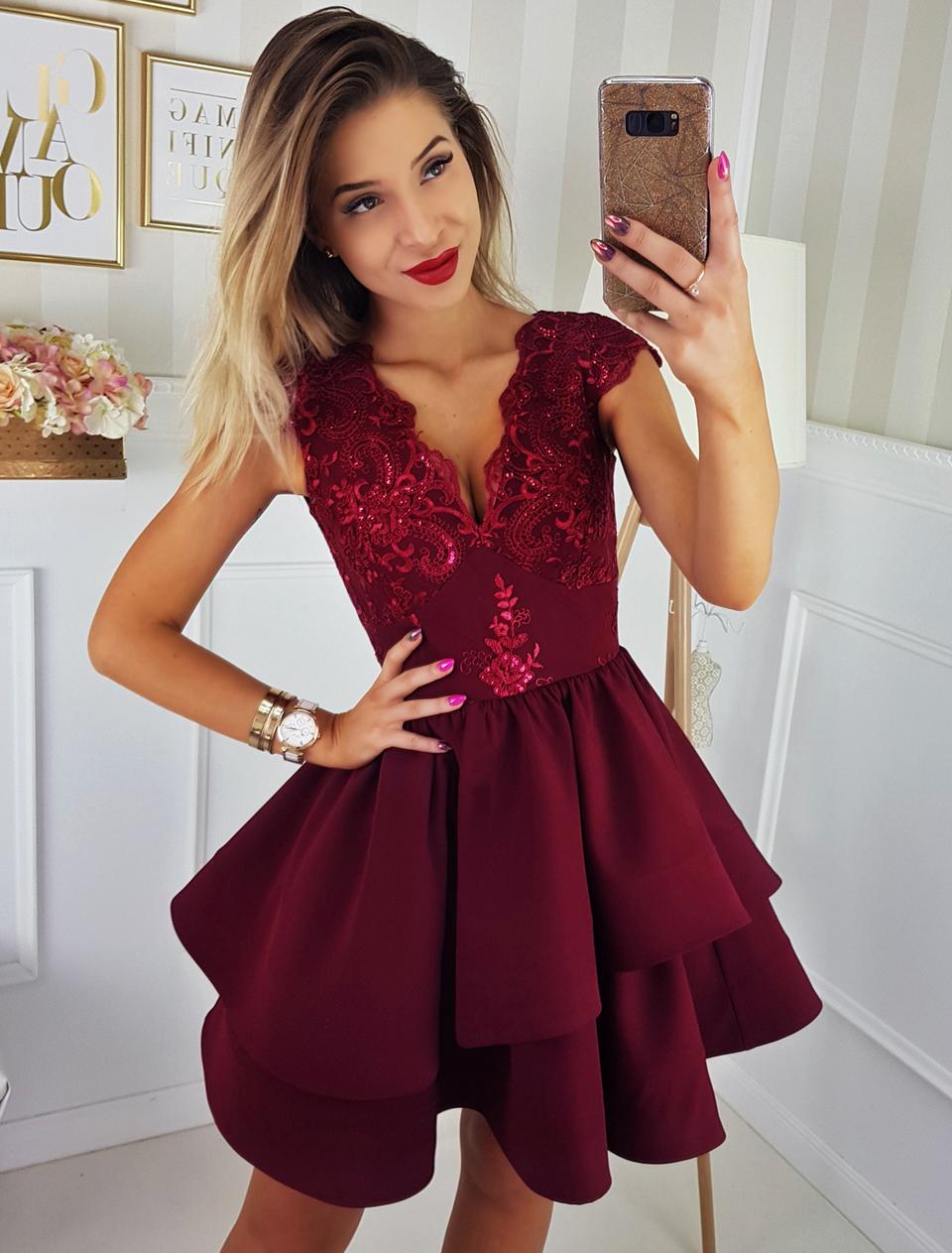 a1c0009ae00e97 Bordowa sukienka Dahlia   Illuminate LOOKBOOK Sukienki na wesele w ...
