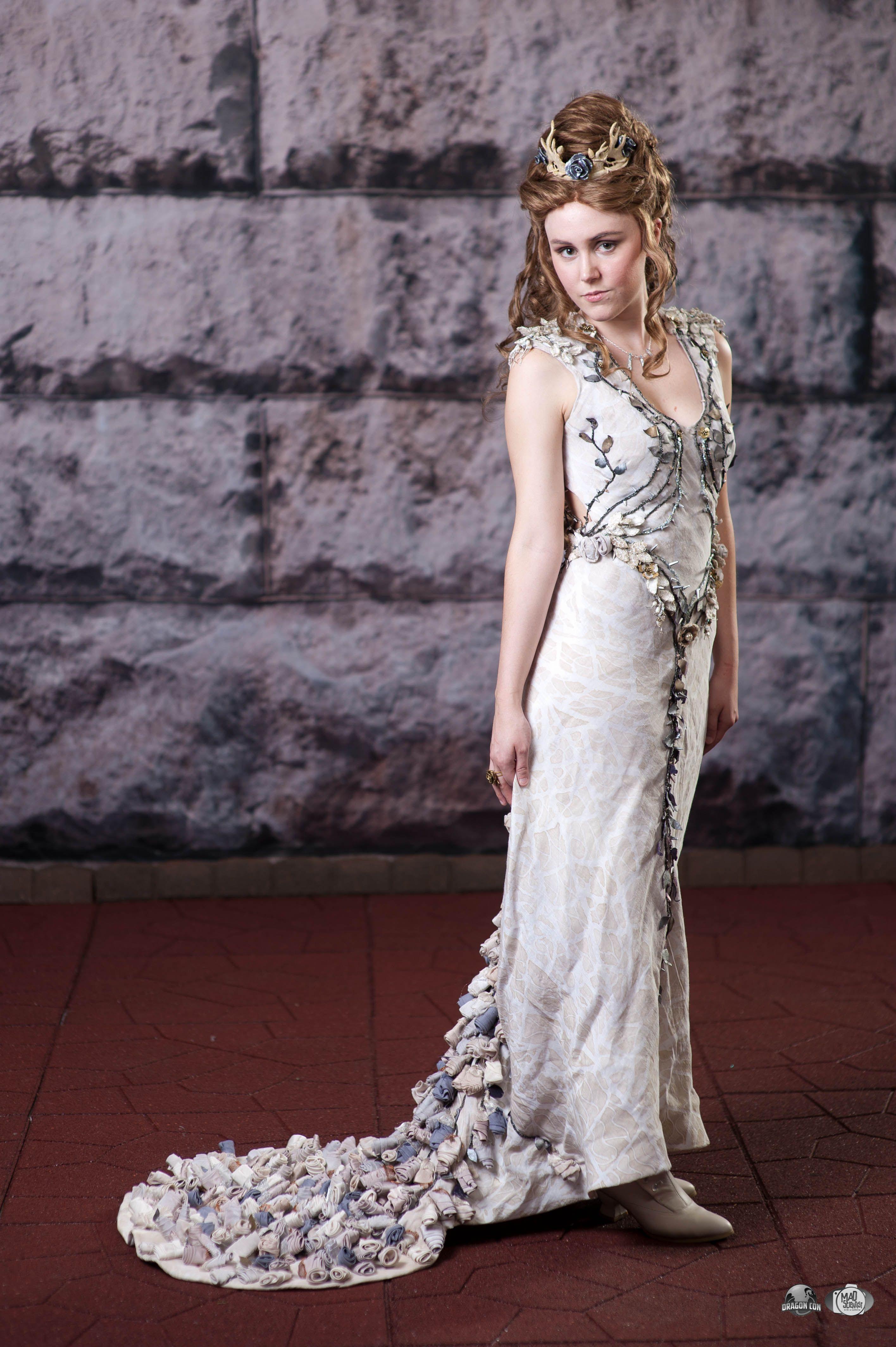 Margaery tyrell purple wedding dress game of thrones for Wedding dresses games online