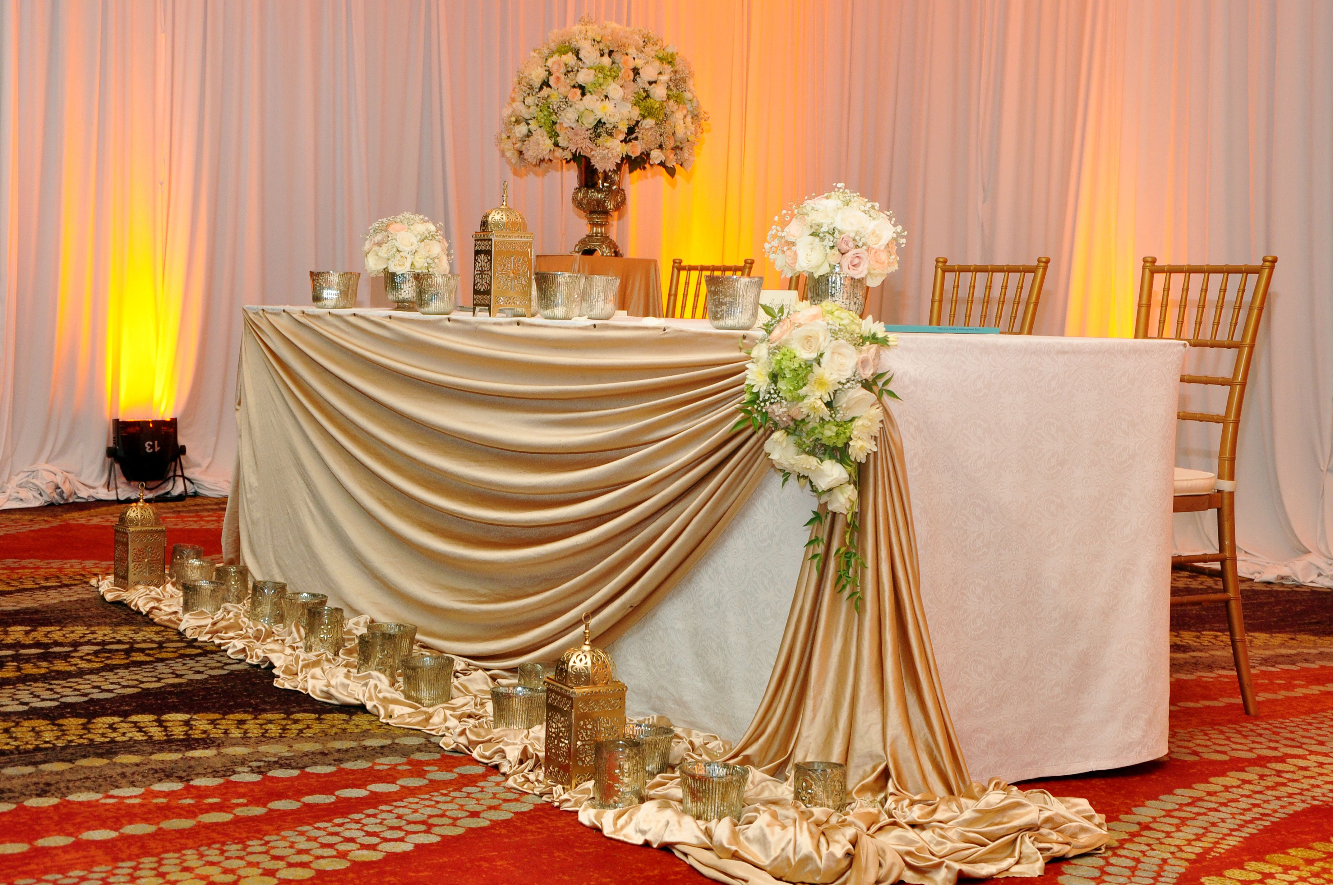 The Head Table Set For Ayanthi S And Asela S Wedding At Oak Room