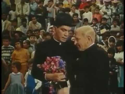 Cantinflas, El Padrecito (1964)