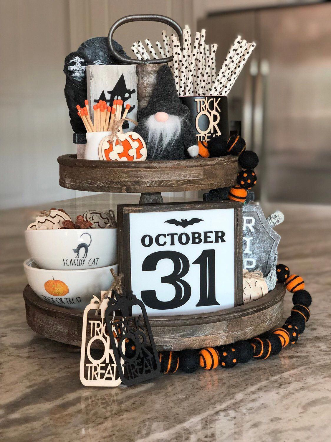 halloweenhomedecor in 2020 Rustic halloween, Rustic