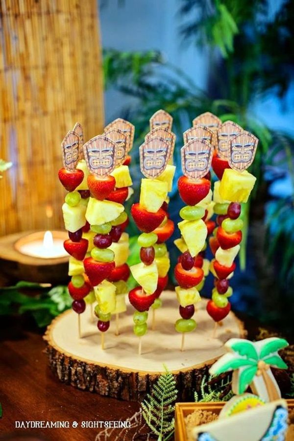Hawaiian Theme Decoration Ideas Part - 39: 40 Affordable And Creative Hawaiian Party Decoration Ideas