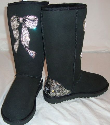 swarovski crystal uggs with bows my favorite creations. Black Bedroom Furniture Sets. Home Design Ideas
