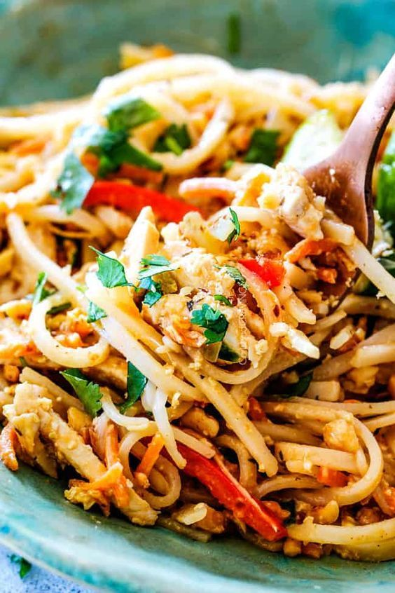 This chicken pad thai recipe is unbelievable with the most this chicken pad thai recipe is unbelievable with the most incredible pantry friendly pad thai sauce it tastes even better than takeout and only 3 forumfinder Images