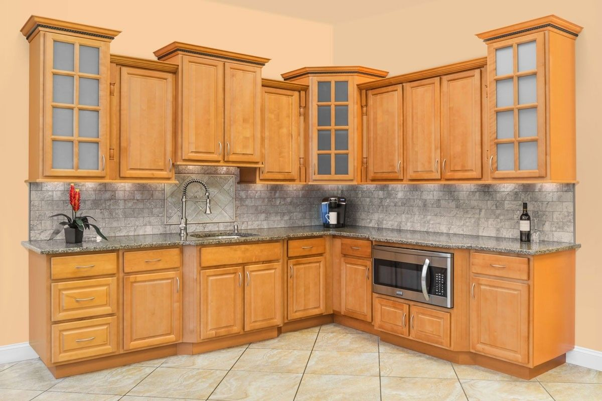 A Natural Honey Stained Maple Wood The Richmond Cabinet Collection By Lesscare Provide Cheap Kitchen Cabinets Kitchen Cabinets For Sale Kitchen Cabinet Styles