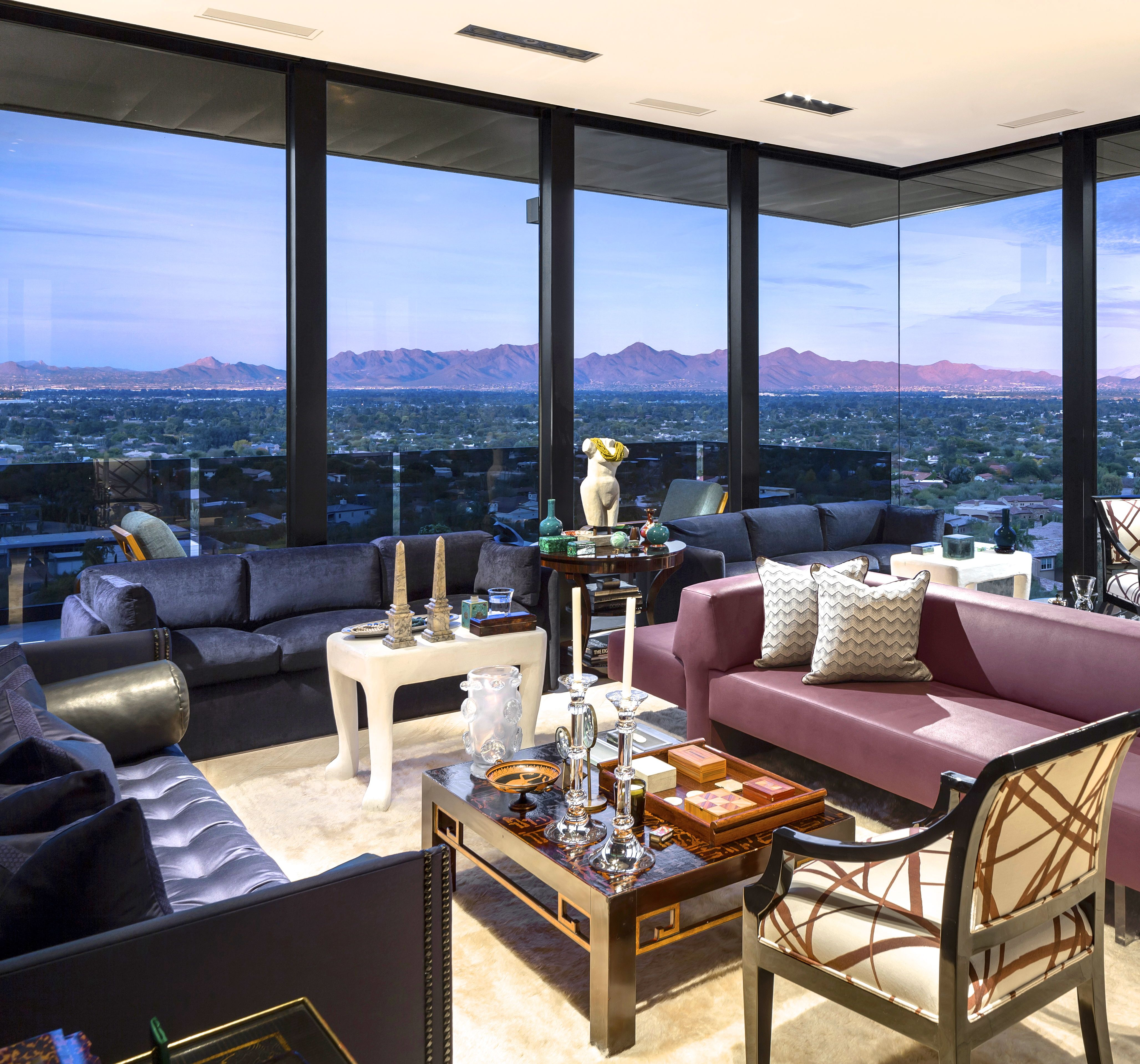 Contemporary living room with desert views (Paradise ...