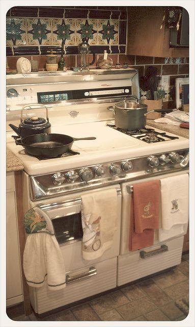 Lovely old stove Gasherd, Designs und Wohnen - küchen mit gasherd