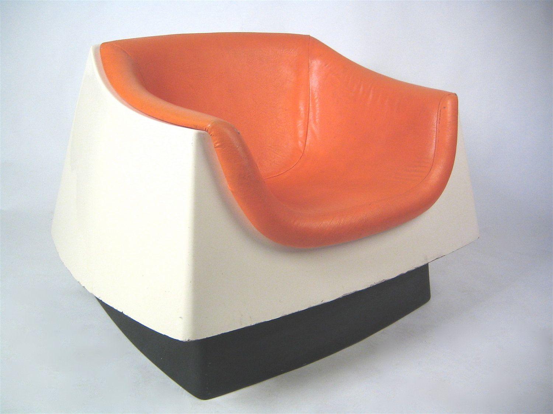 Vintage space age orange white fiberglass lounge chair, free ...