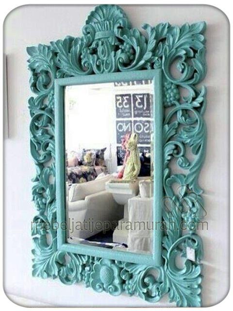 Cermin Ruang Tamu Bingkai Ukir Minimalis