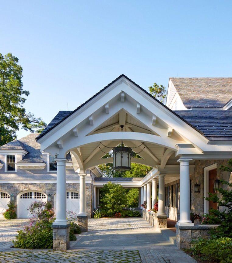 Brooks and Falotico shingle style residence entry