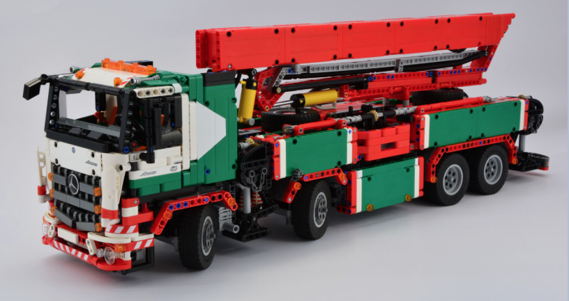 Home Designed Variants Of Lego S Own Official 42043 Mercedes Benz