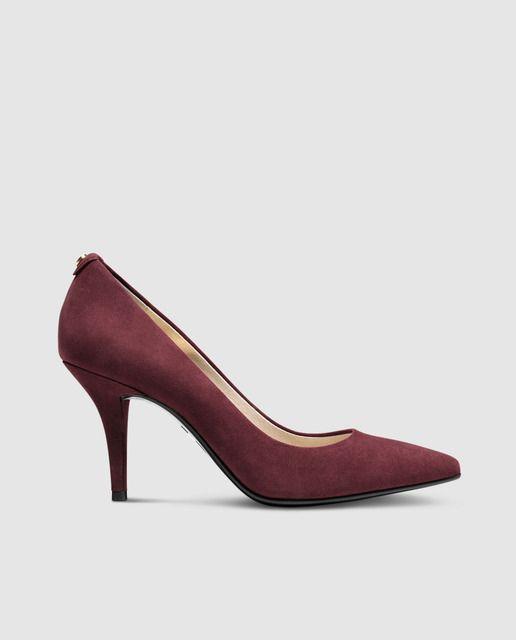 Zapatos de salón de tacón de mujer de ante granates. Modelo MKFLEX MID PUMP. 5747988c0ea5
