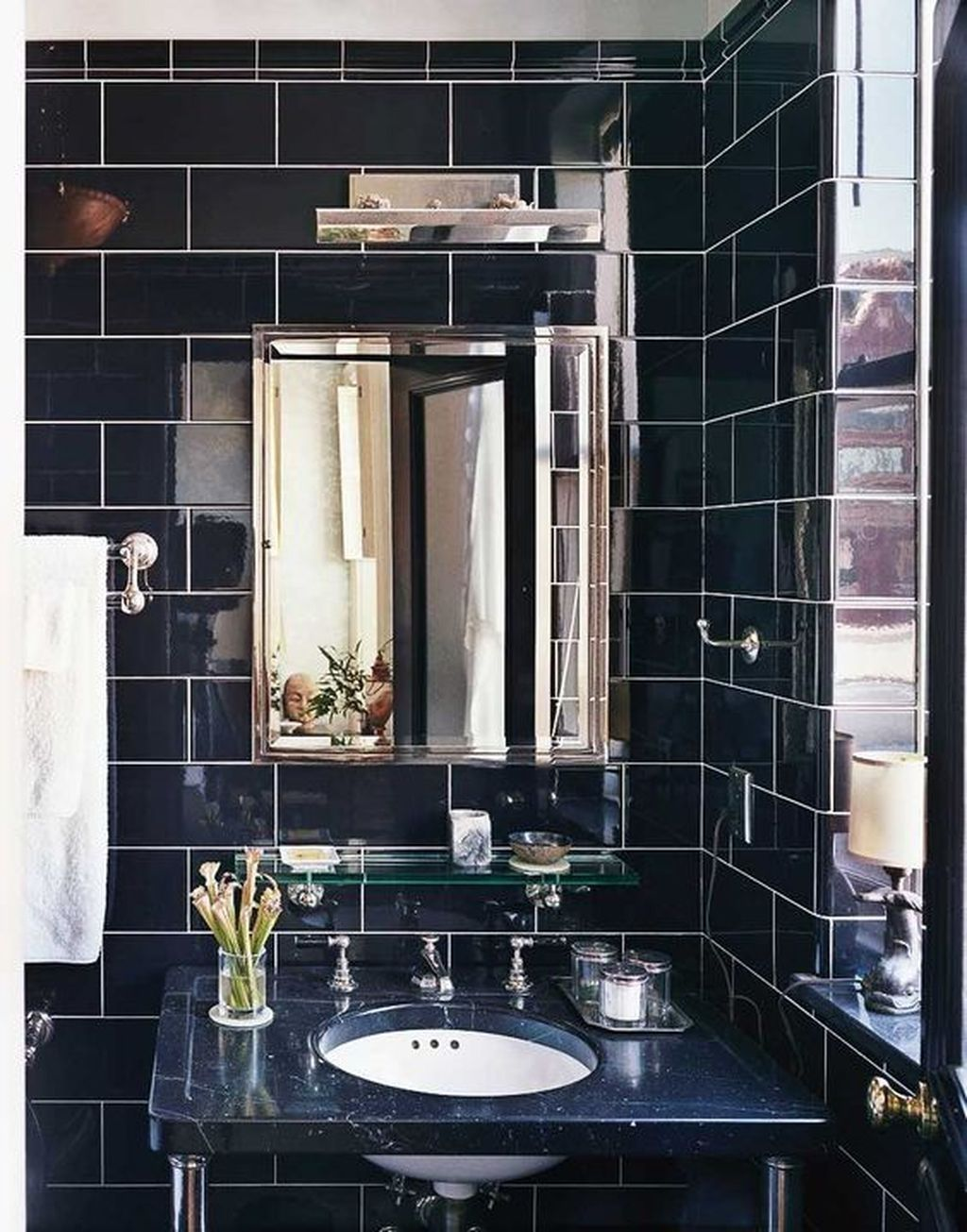 Nice 37 Modern Apartment Bathroom Designs Ideas For Men More At Https Homyfeed Com 2019 03 24 Apartment Bathroom Design Bathroom Design Traditional Bathroom