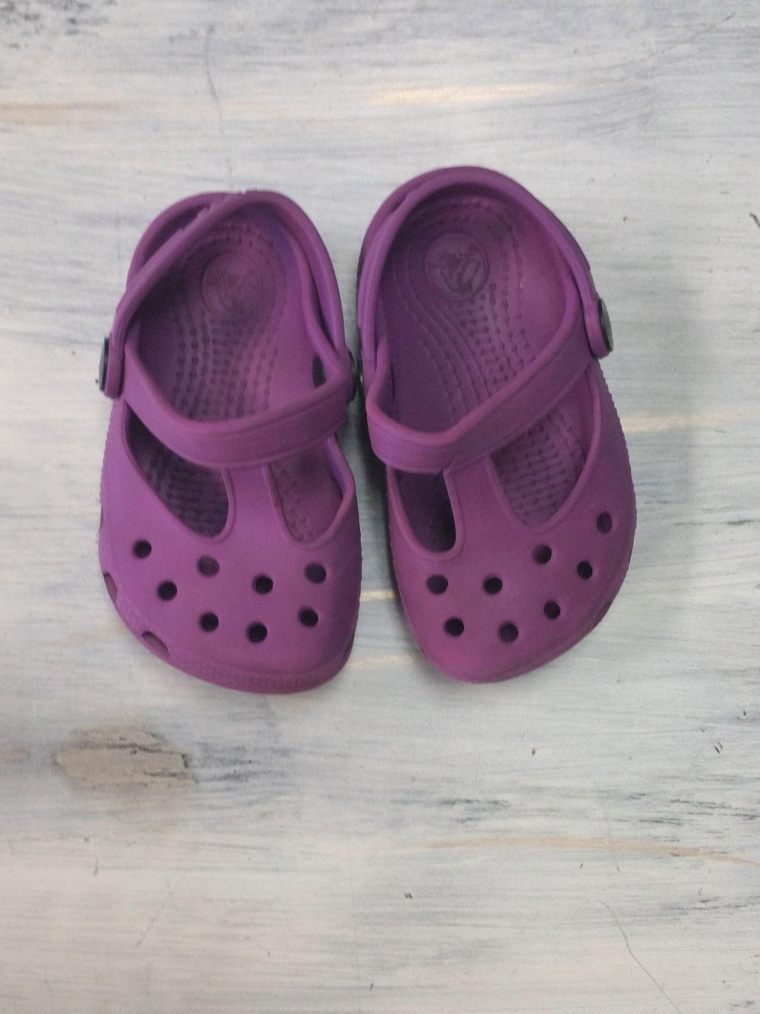 Crocs Purple Baby Shoes size 4 5 Baby crocs Pinterest