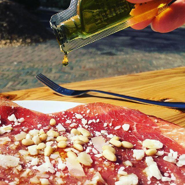Drop the gold! #liquidodoro #oliveoil #carpaccio #happyfood