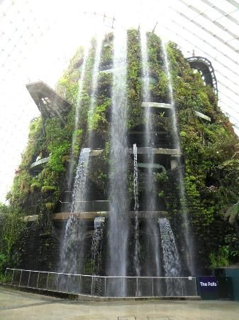 Brilliant Indoor Waterfall Bild Von Singapore Botanic Gardens