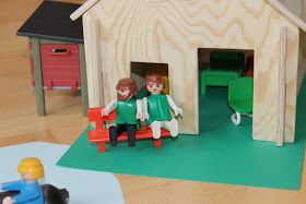 Schleich Bauernhof mit Stall selber bauen, holz Vorlage