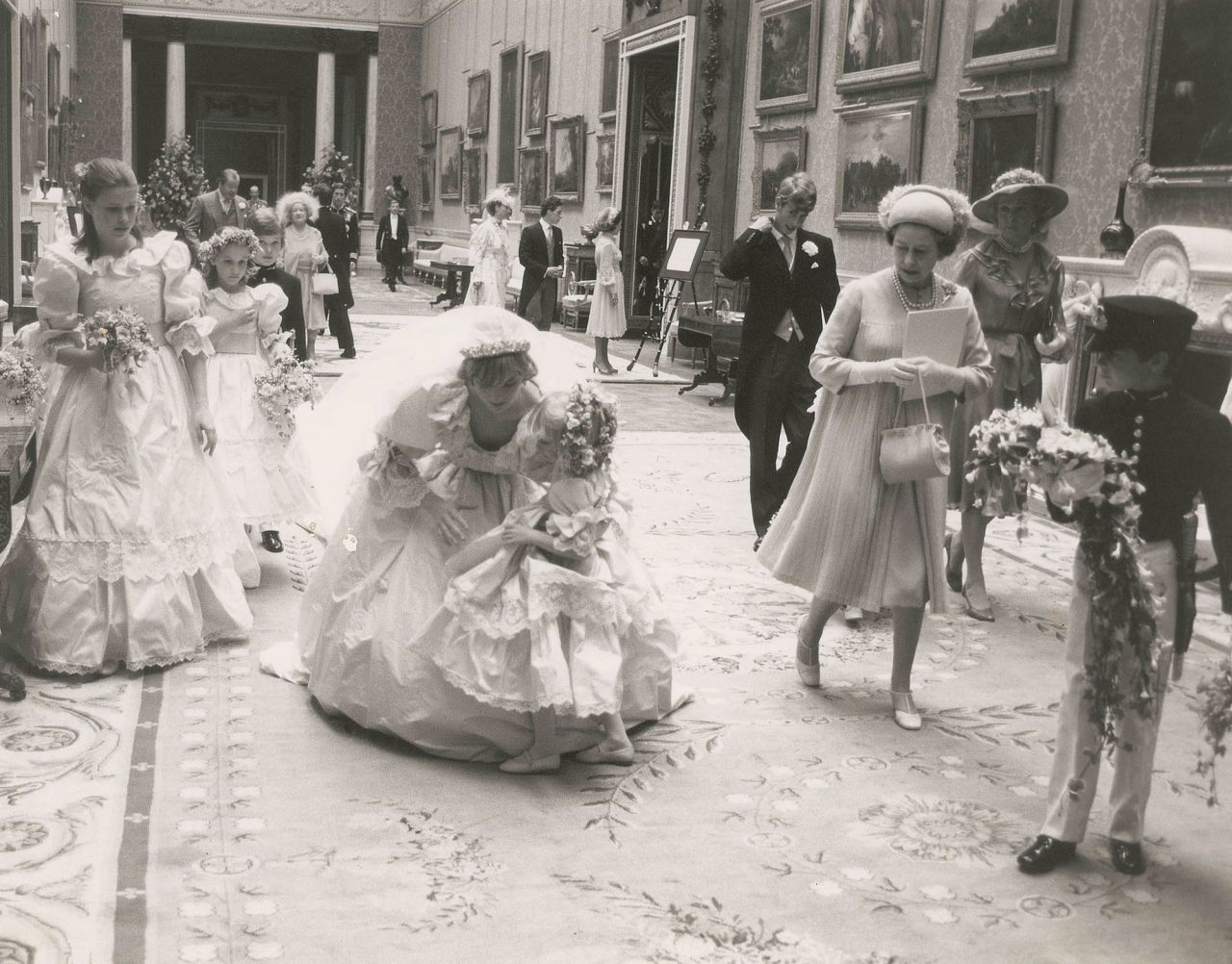 PRINCESS DIANA'S UNSEEN WEDDING PHOTOS BY LORD LICHFIELD