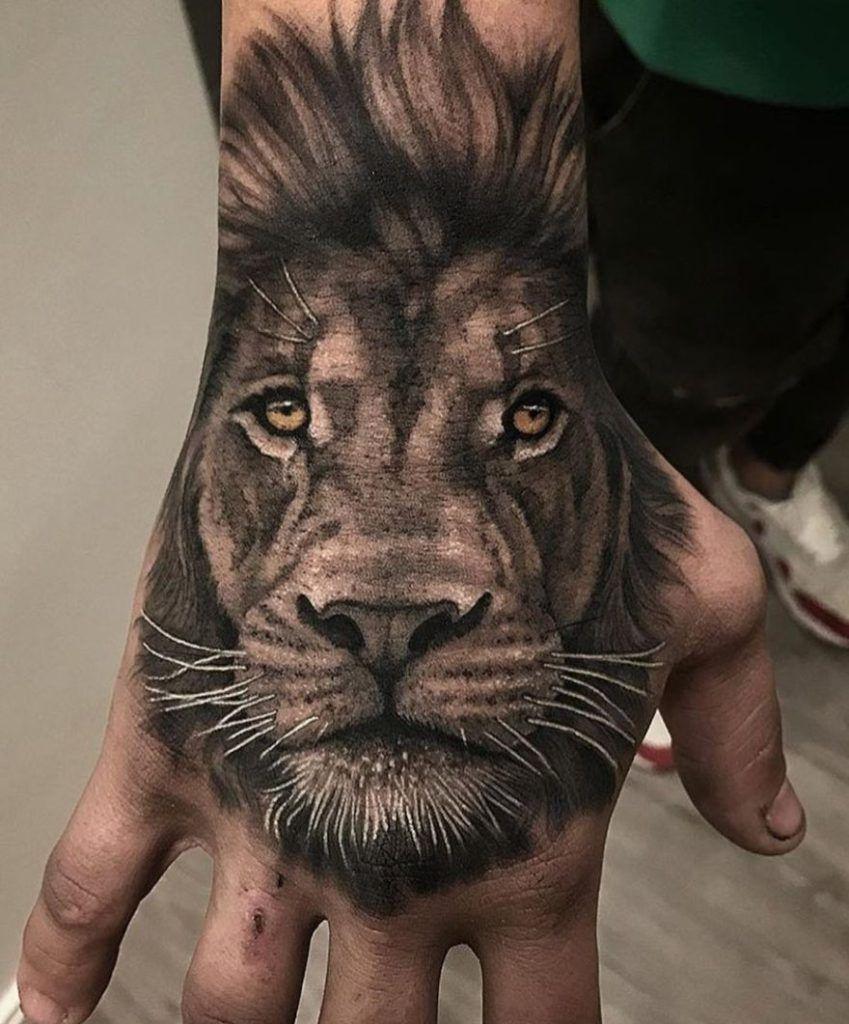 Hand Lion Tattoo Tattoo Na Mao Masculino Tatuagem Na Mao Tatuagens De Leao