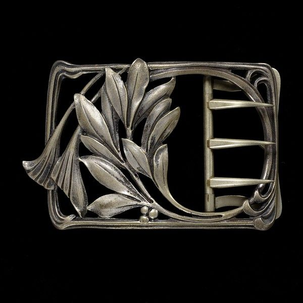 Silver Buckle with Scrolling Plant Motif, Ferdinand Erhart, French, c. 1900, Victoria and Albert Museum, London | JV