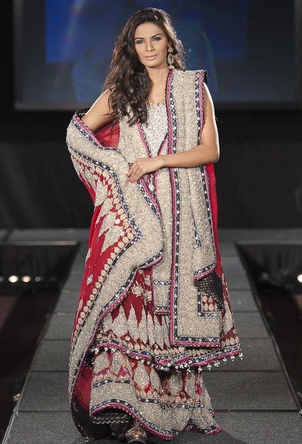Focus On The Color Of The Bridal Sharara #shararadesigns