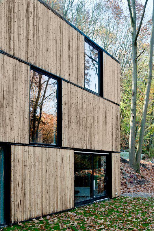 Rev tement fa ade r alis e en bambous maison for Revetement facade