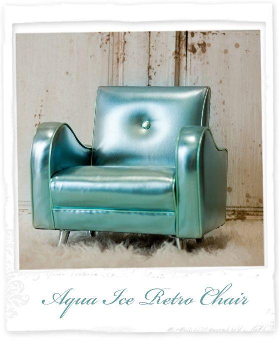 Aqua Ice Retro Chair