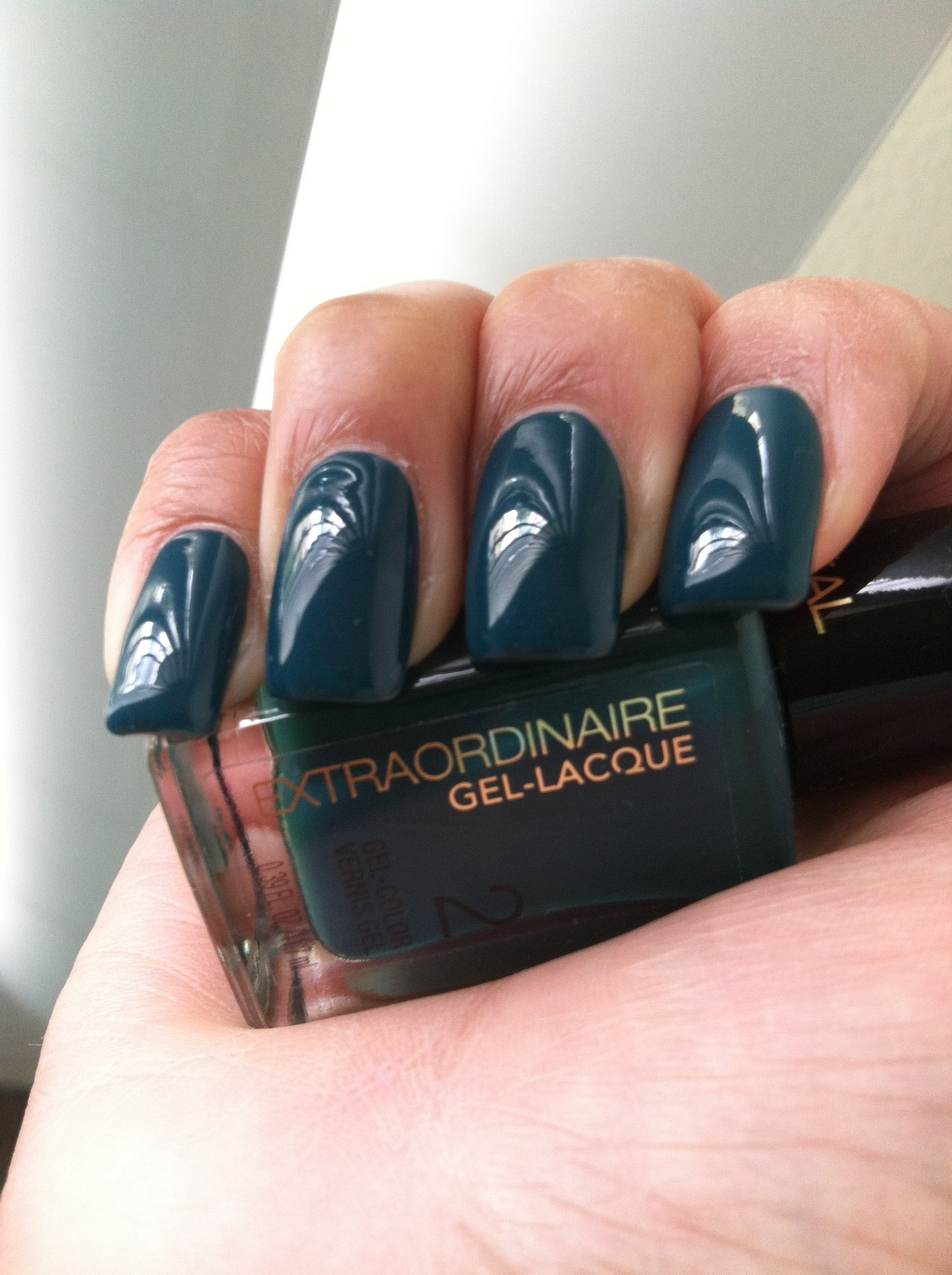 Great Fall/Winter nail color in a dark green/teal . L\'oreal ...