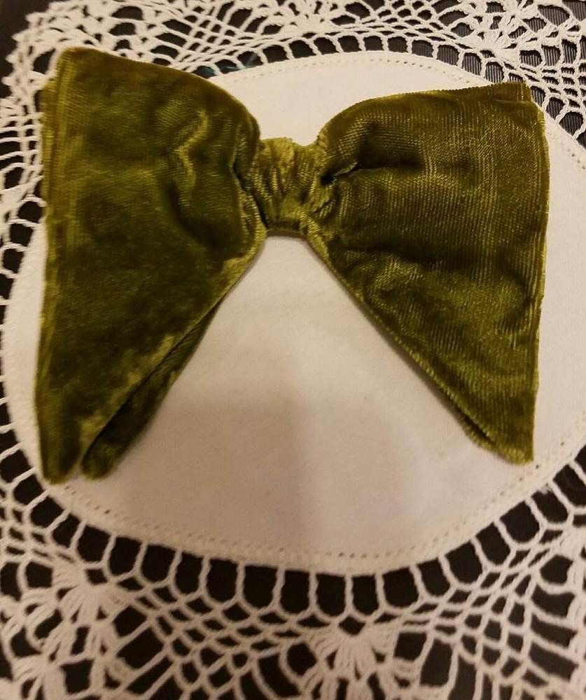 Men's Vintage Ormond Olive Green Velvet Oversized  Butterfly Bow Tie BOWTIE