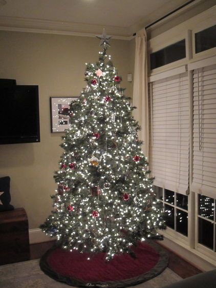 How to Light Your Christmas Tree Like a Pro Give yourself frustration-free tree  lighting this year — the trick is clever cord management by Clark Harris - How To Light Your Christmas Tree Like A Pro Give Yourself