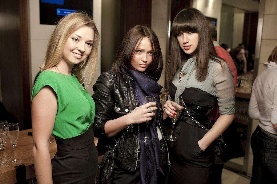 Гостем прошлой недели моды Mercedes-Benz Fashion Week Russia 2014 был Тони Ворд (Tony Ward), который представил в ЦВЗ «Манеж» коллекцию haute couture в сотрудничестве с CROCUS Atelier Couture