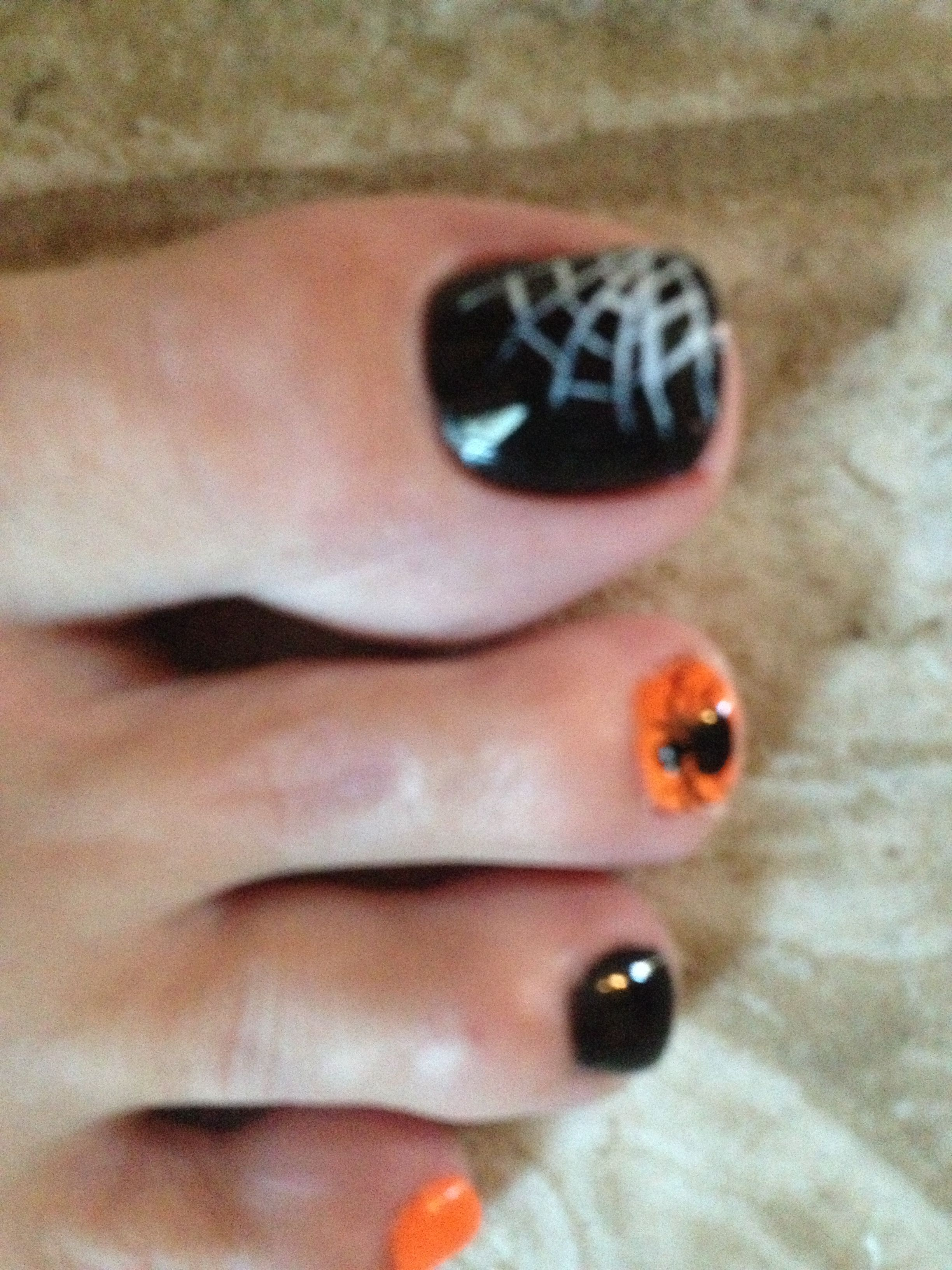 Halloween Pedicure With Images Halloween Toe Nails Toe Nail