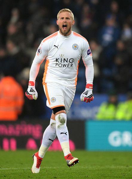 Kasper Schmeichel Of Leicester City In 2018 Goleiro Futebol Esportes