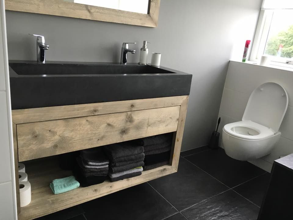 Afbeeldingsresultaat voor badkamer betonlook hout | Badkamer ...