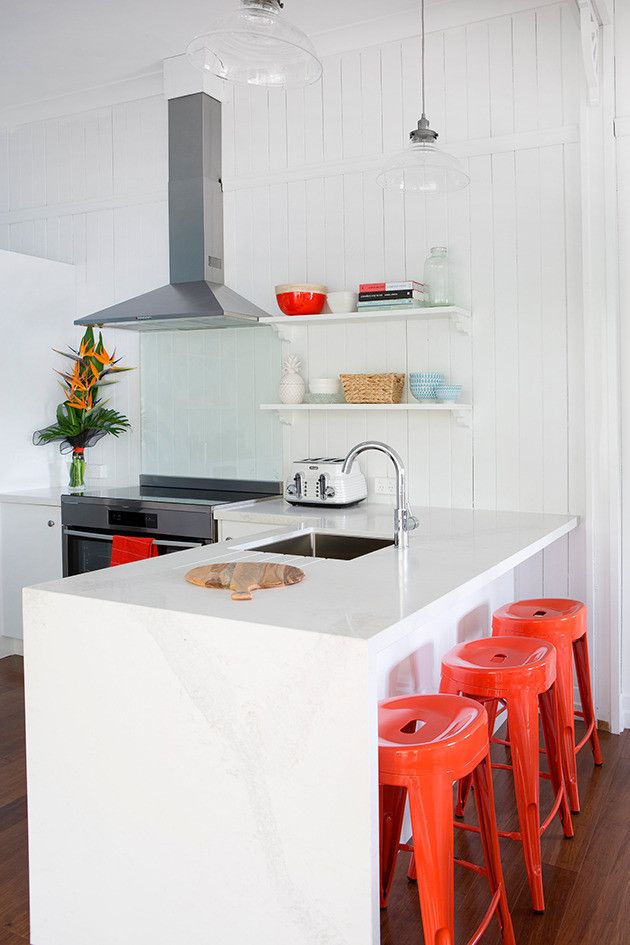 House Rules Holiday Home Kitchen Masters Home Improvement Caesarstone  Calacatta Nuvo (3)