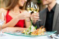 CANDLELIGHT  Romance in Stuttgart  Valentines Day    Folgen Sie für leckeres Essen