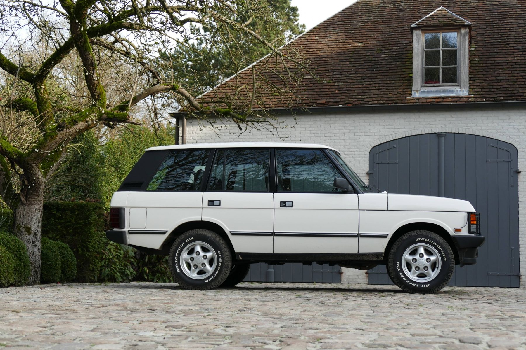 1991 Land Rover Range Rover Classic 3 9 V8 Sunroof Classic Driver Market Range Rover Classic Land Rover For Sale Land Rover