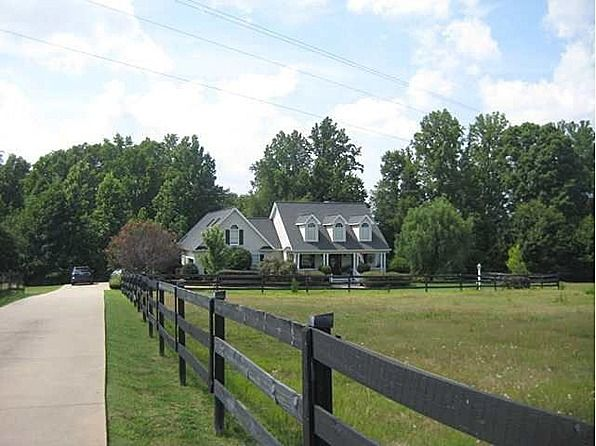 Woodruff Home For Sale Country House Home Large Yard