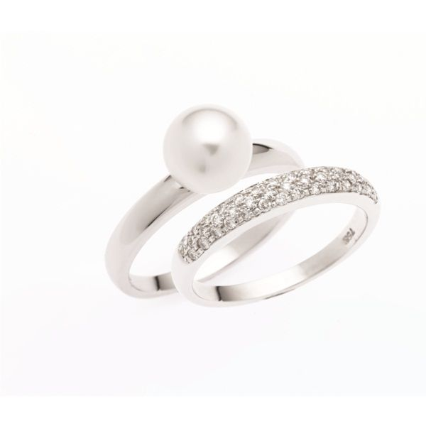 Pearl engagement ring diamond wedding band this is nice for Pearl engagement ring with wedding band